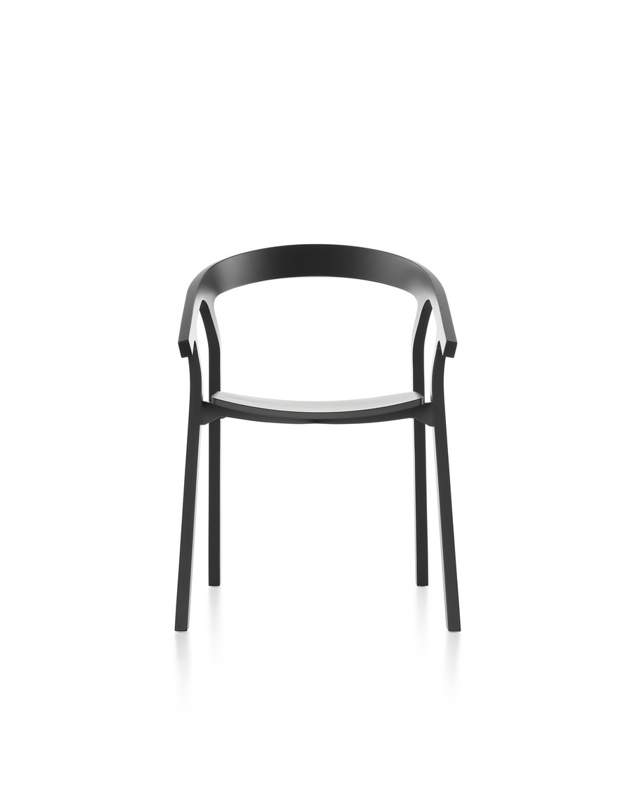 Black Mattiazzi He Said Chair, viewed from the front.