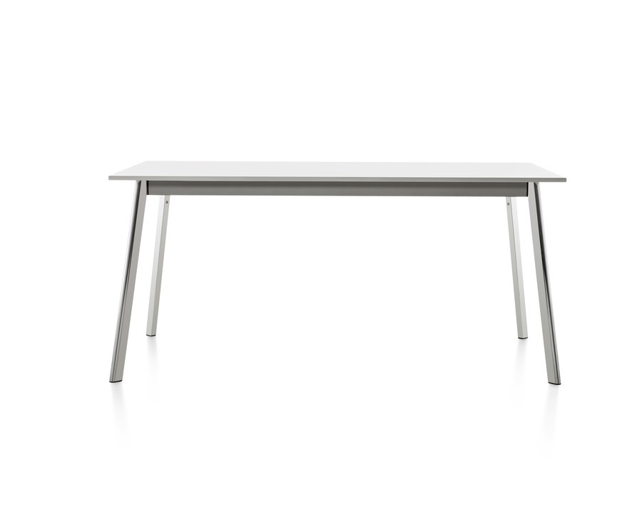 Square Magis Deja-vu table with a white top
