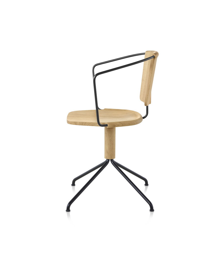 Side view of a Mattiazzi Uncino Chair, Version B with black frame and natural ash seat and back.