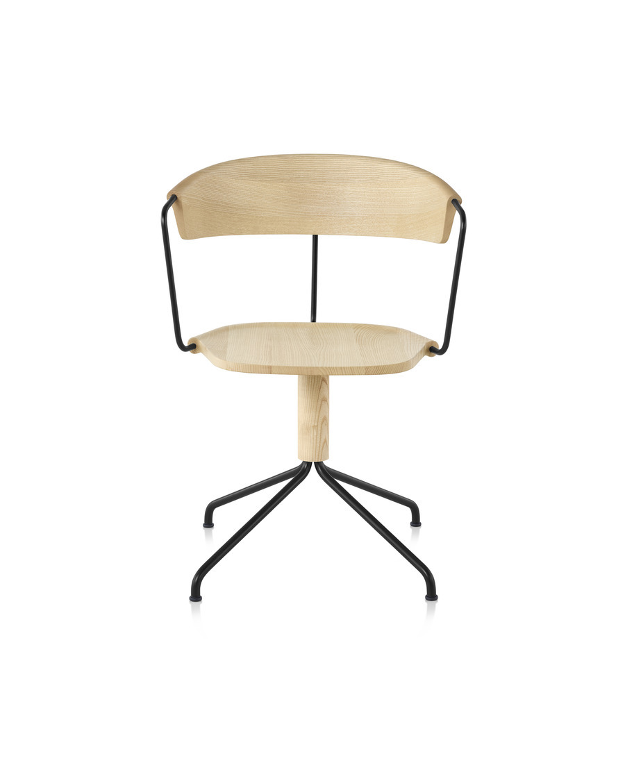 Front view of a Mattiazzi Uncino Chair, Version A with black frame and natural ash seat and back.