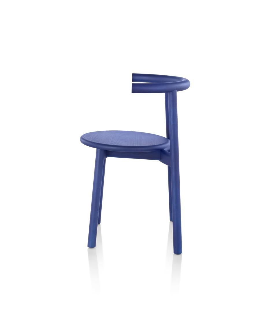 Side view of blue Mattiazzi Solo Chair