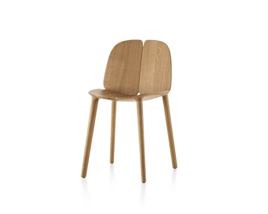 Wood Mattiazzi Osso side chair, viewed from a 45-degree angle.